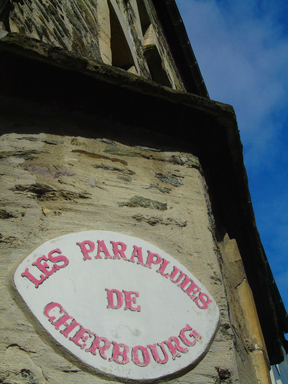 Cherbourgparaplumes_1